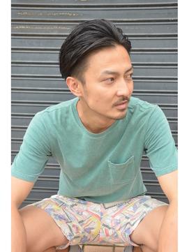 ポマード髪型