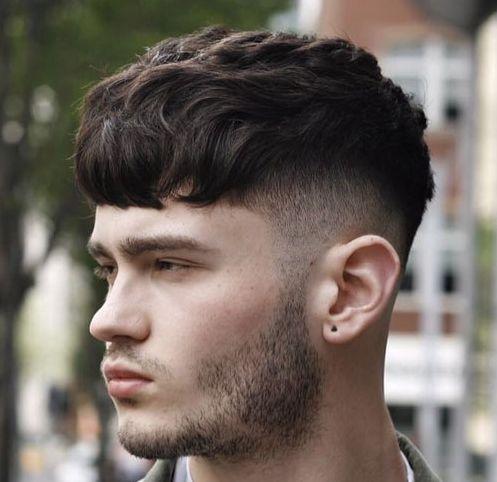 丸顔に似合う髪型 バーバースタイル