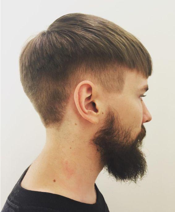 クロップスタイル 髪型